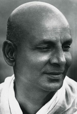 Swami Sivananda - Practical Vedanta | Ashram de Yoga Sivananda | Yoga | France