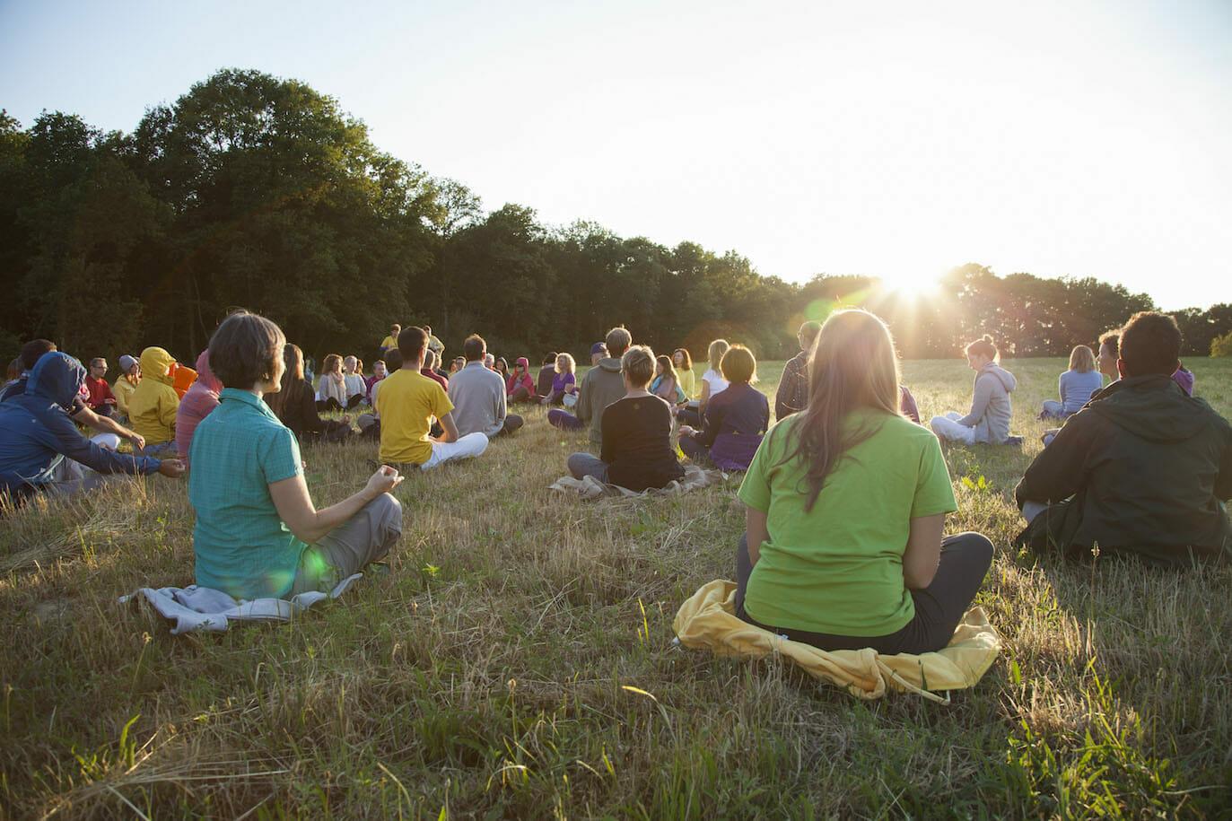 Le yoga, un mode de vie | Ashram de Yoga Sivananda | Yoga | France
