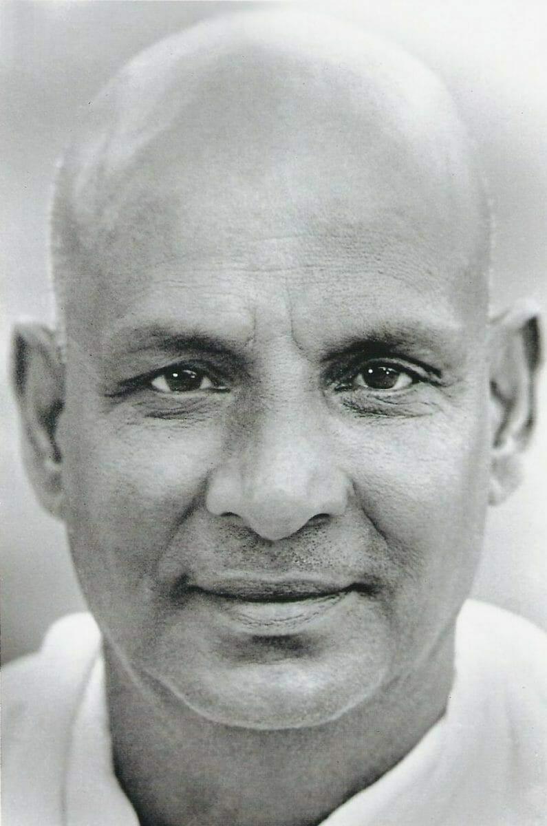 Swami Sivananda | Ashram de Yoga Sivananda | Yoga | France