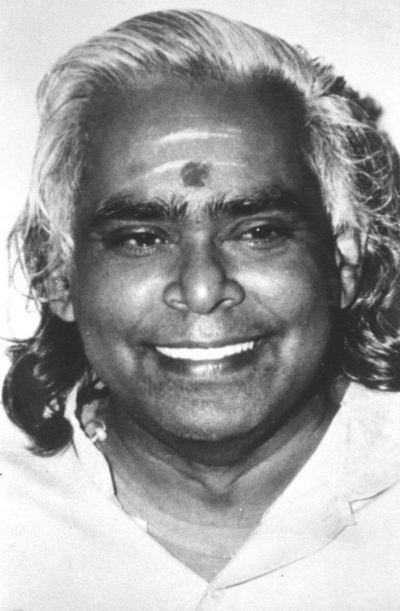 Swami Vishnudevananda | Ashram de Yoga Sivananda | Yoga | France