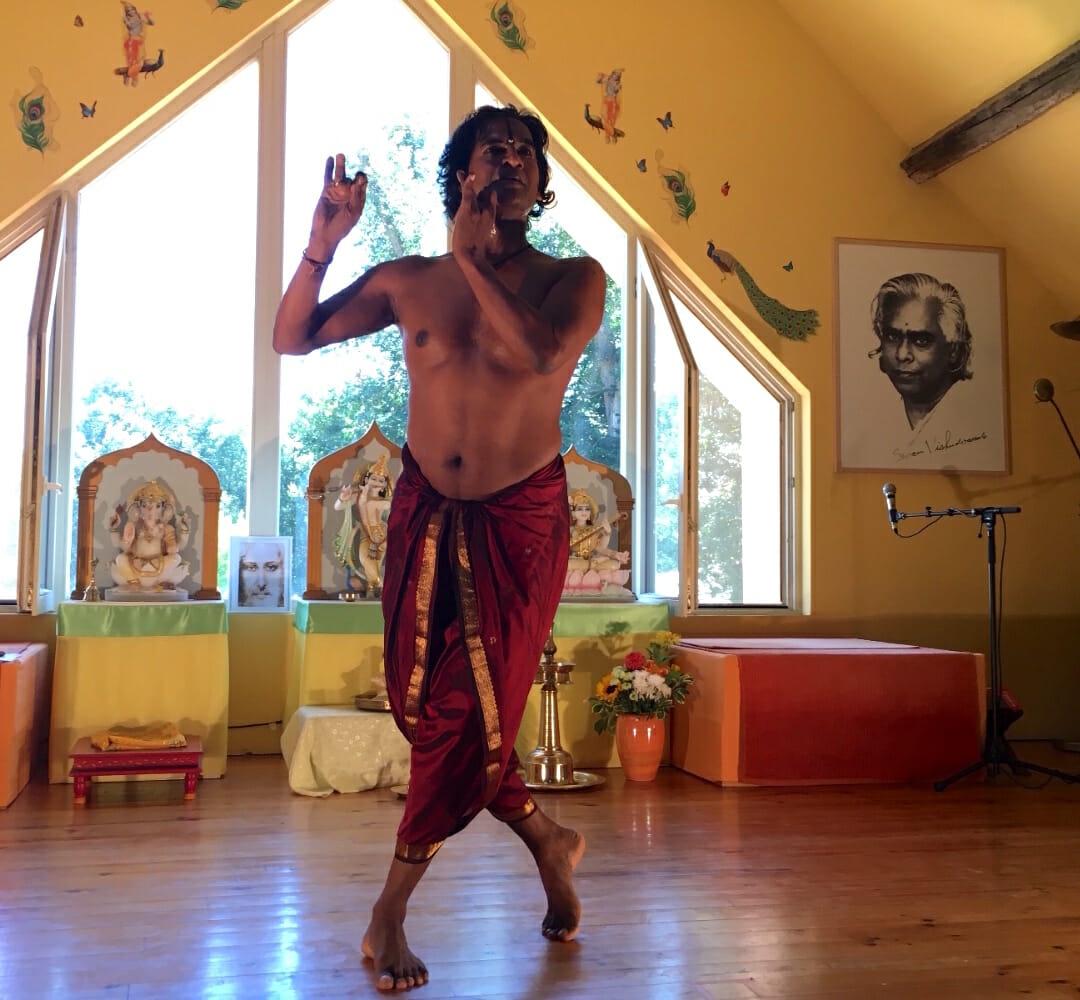 Raghunath Manet | Ashram de Yoga Sivananda | Yoga | France