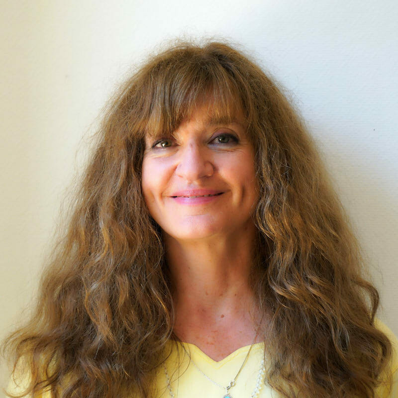 Kaivalya Carmel Johnson | Ashram de Yoga Sivananda | Yoga | France