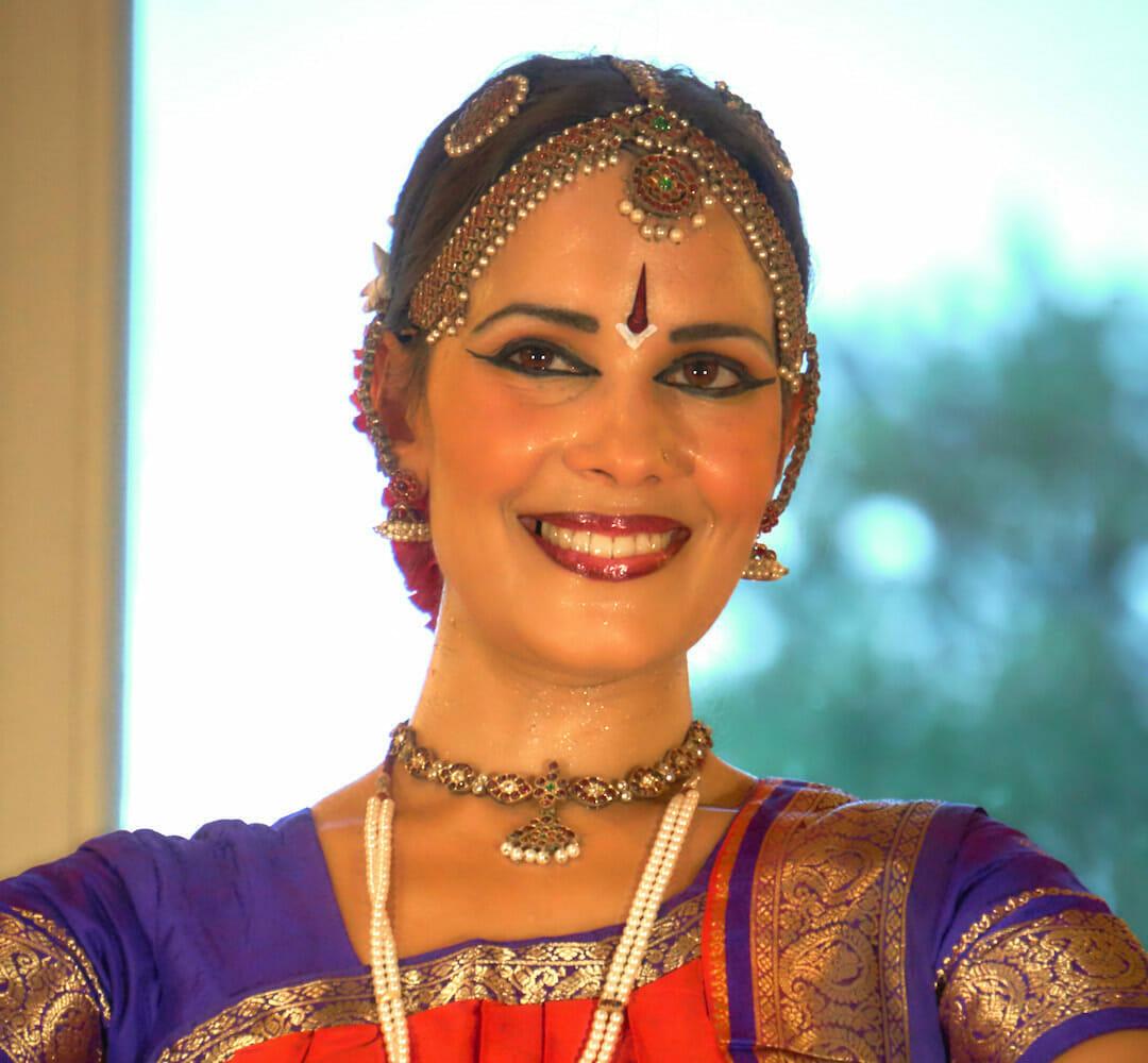 Anusha Cherer | Ashram de Yoga Sivananda | Yoga | France