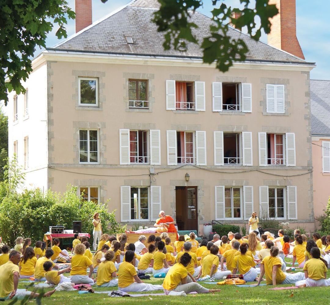 Swami Sivadasananda - Ashram de Yoga Sivananda - Yoga - France