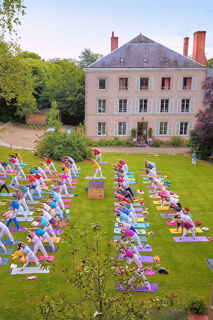 Let's continue the peace mission | Ashram de Yoga Sivananda | Yoga | France