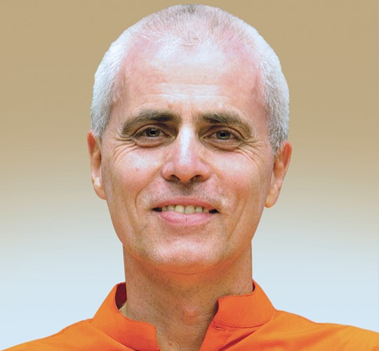 "<div style=""line-height: 1.3; color: #b04640; font-family: catamaran;"">Workshop : Fire of Yoga<span style=""display: inline-block;""> with Swami Sivadasananda</span></div>"