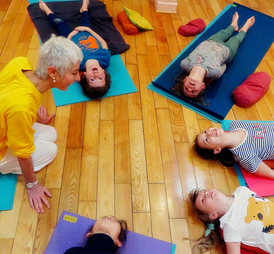 """<div style=""""line-height: 1.3; color: #b04640; font-family: catamaran;"""">How to Teach Yoga to Children <span style=""""display: inline-block;""""> with Parvati </span></div>"""